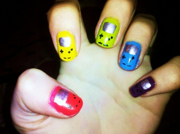 Gameboy Color Nails