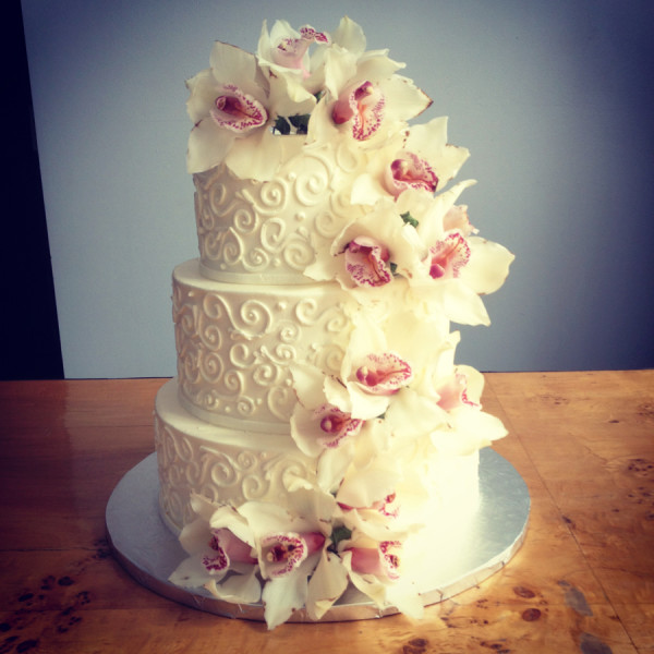 Marvellous and amazing ideas for wedding cake decoration for Amazing wedding cake decoration game